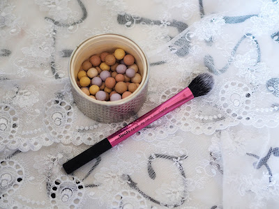 Real Techniques Setting Brush & Guerlain Meteorites