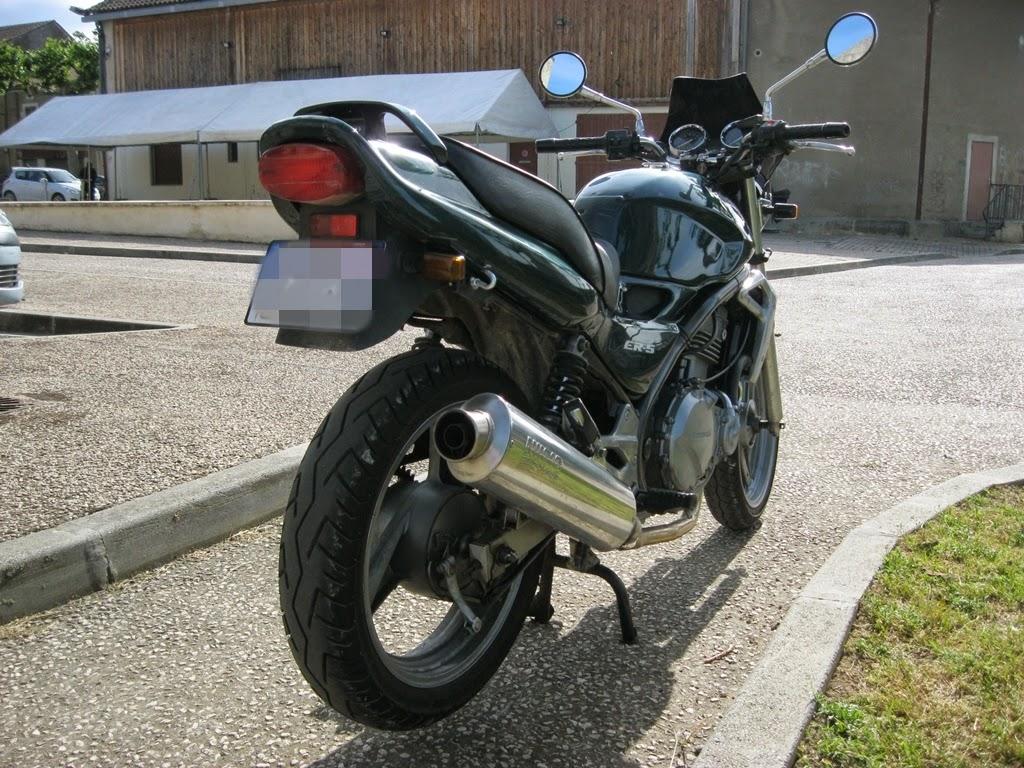 pr paration des motos de course des ann es 50 70 a vendre moto ou change. Black Bedroom Furniture Sets. Home Design Ideas