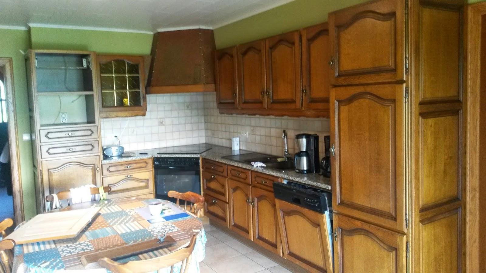Eiken Keuken Vernissen : Renovatie van eiken keukens Renovatie eiken keuken te Wervik