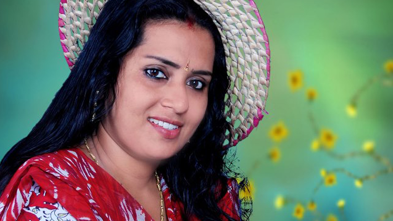 tele serial actress greeshma related keywords tele serial serial actress photo gallery greeshma thalassery malayalam tv