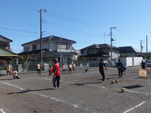 コーチ5人でキャッチング練習!