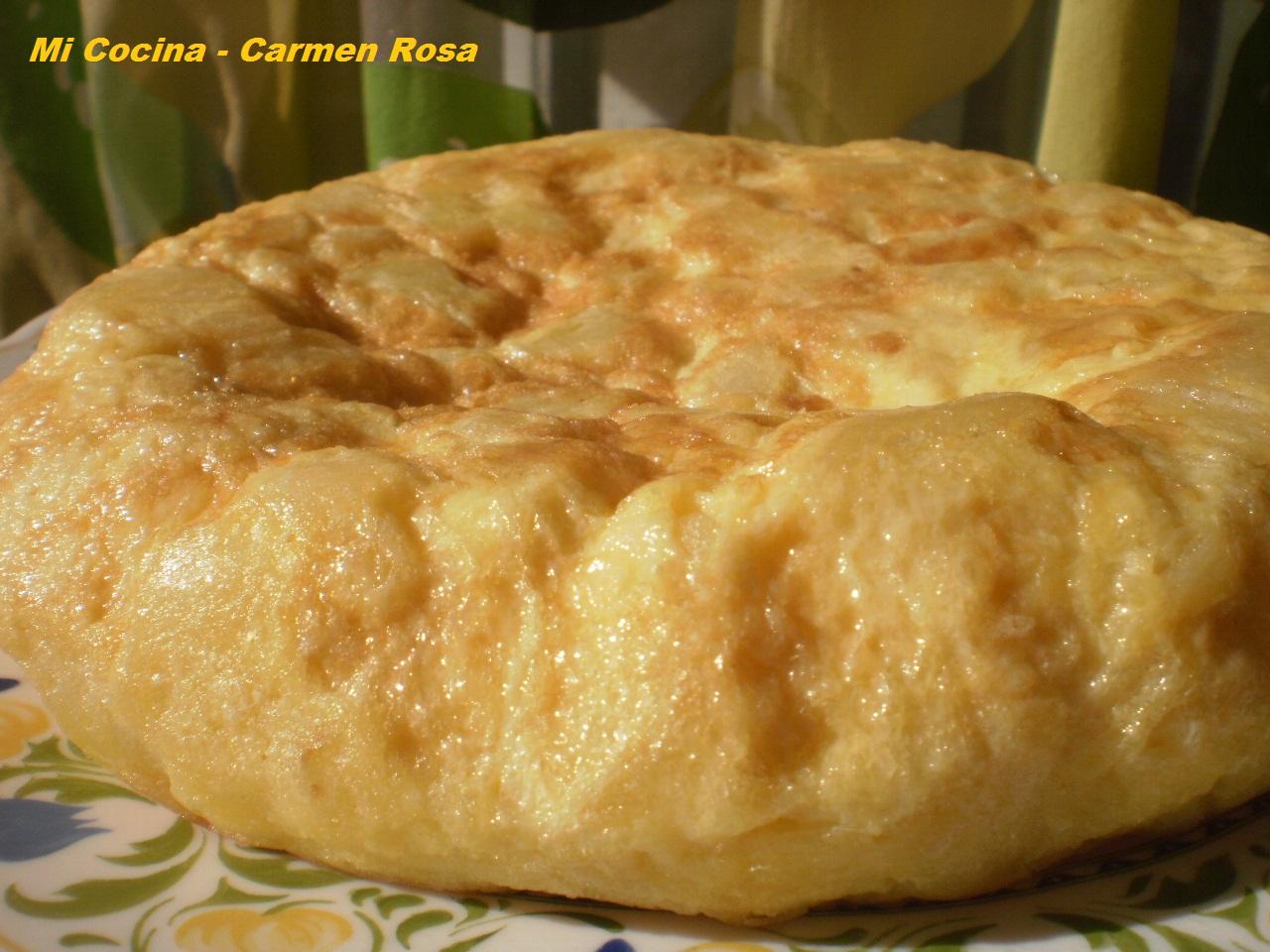 Mi cocina: TORTILLA DE PATATAS Y CEBOLLA CARAMELIZADA
