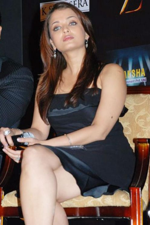 Never Seen Photos of Aishwarya Rai Bachan, Sizzling Ash Picturesg