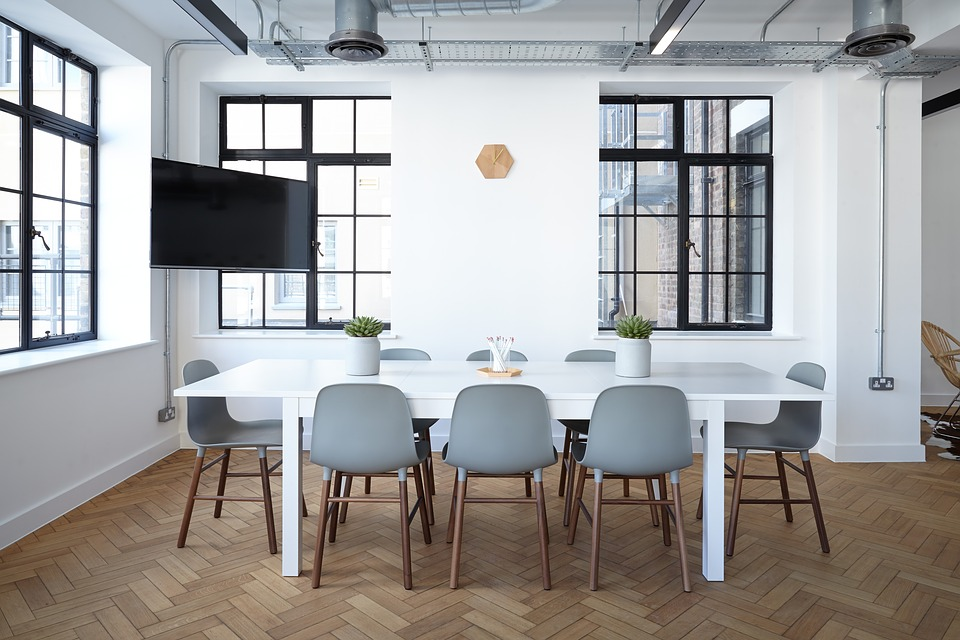 A Complete Guide to Moving into a New Office
