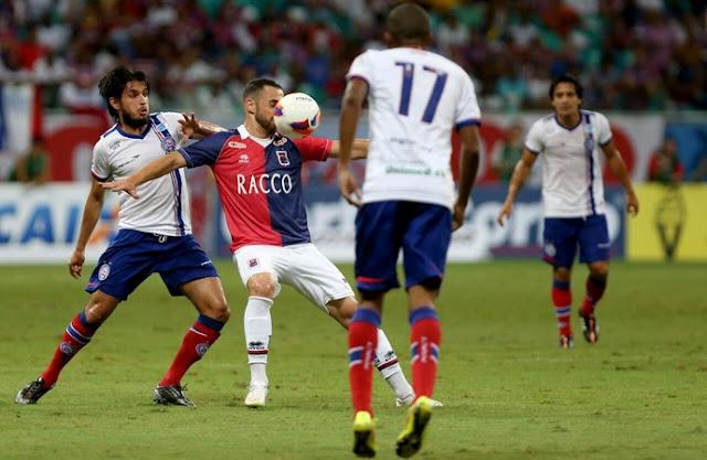 Bahia derrota o Paraná em casa e segue invicto na Série B