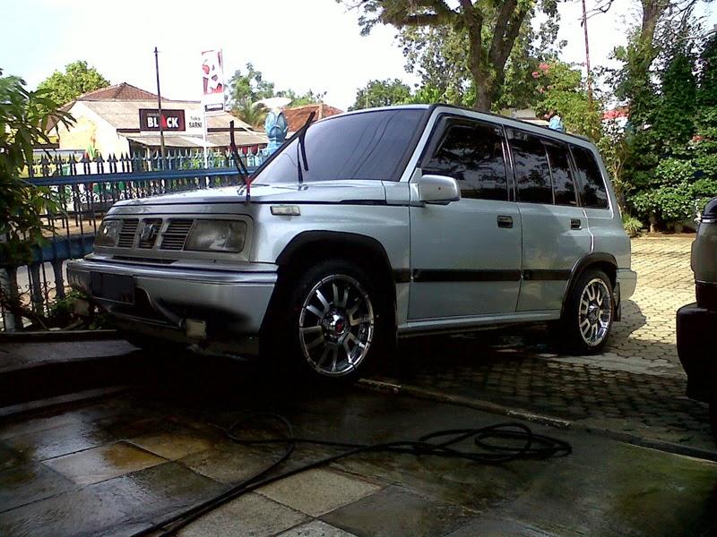 modifikasi mobil escudo