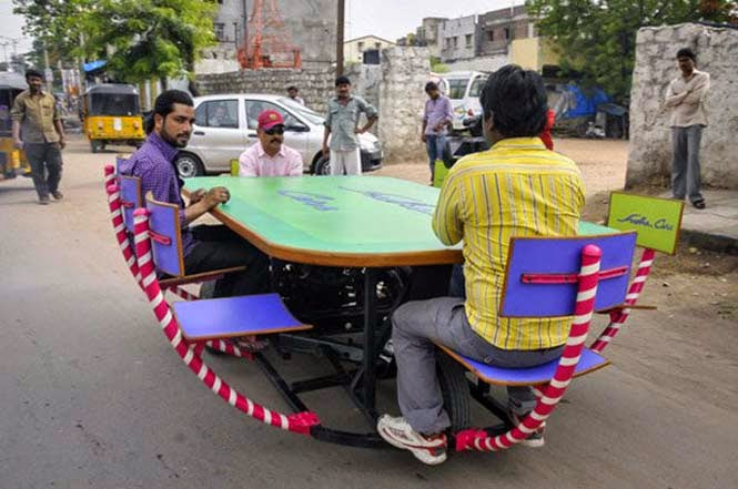 Τα τρελά οχήματα του Sudhakar Yadav