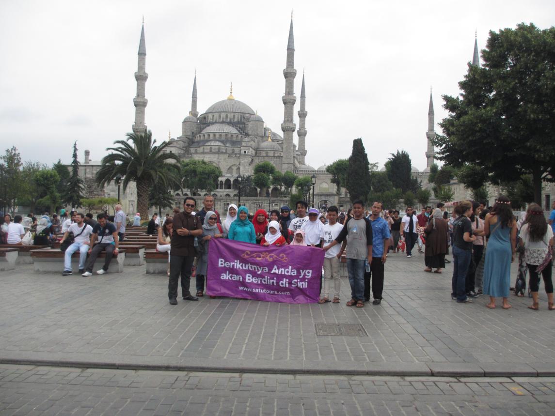 PAKET UMROH PLUS TURKI APRIL 2014