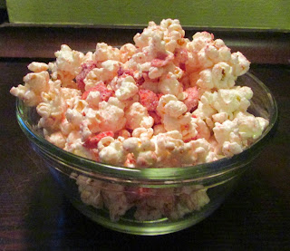 Strawberries and Cream Popcorn    from Cooking with Carlee