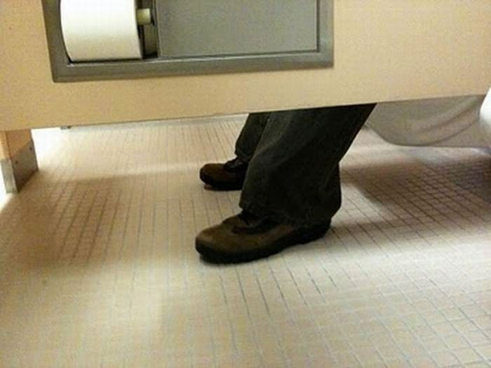 Imagenes De Baño Ocupado:Toilet Pranks Bathroom