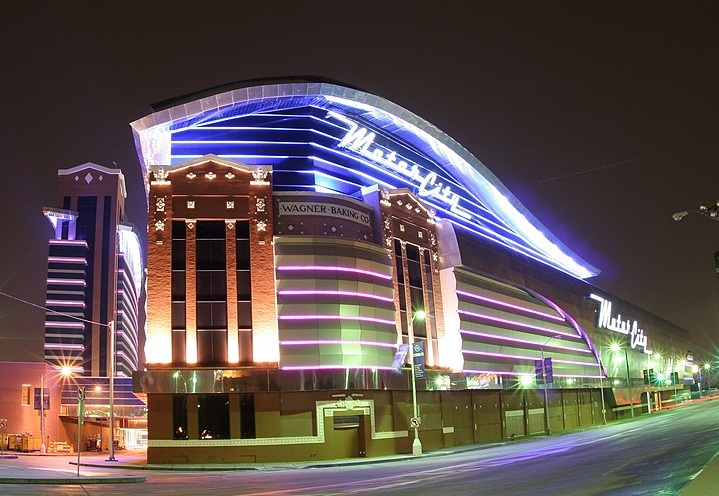 Motorcity casino hotel detroit mi usa drive for Motor city casino hotels