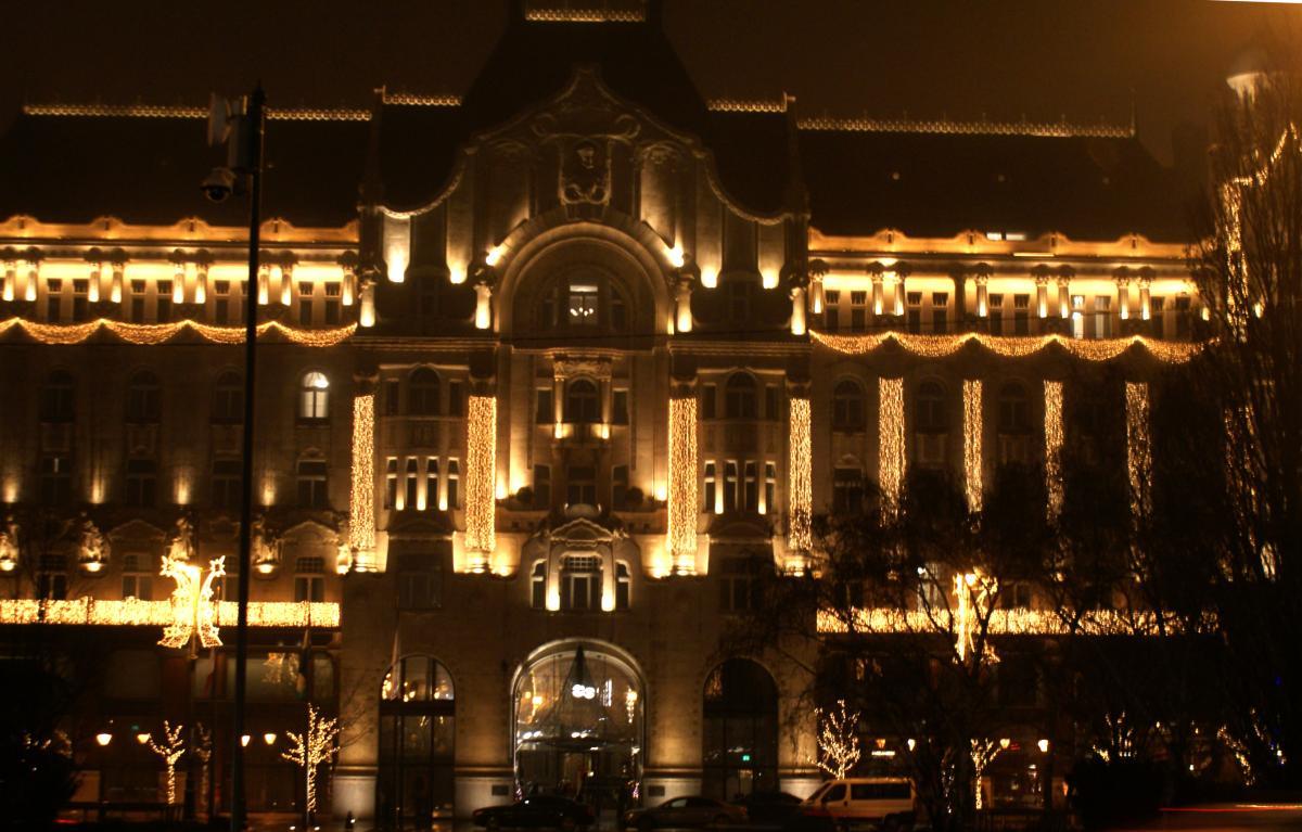 Bouts Choisis Gresham Palace Budapest