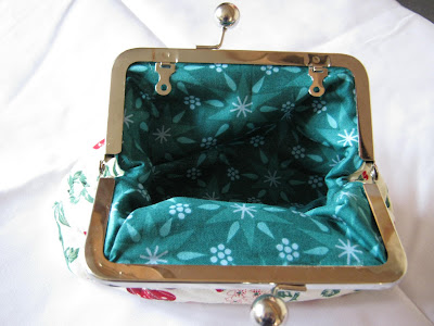 lining of frame purse