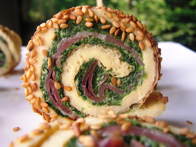 Dulcesbtrix-Rollo de tortilla con espinacas