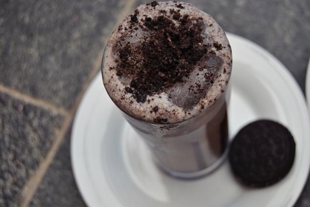 oreo milkshake drink homemade recipe