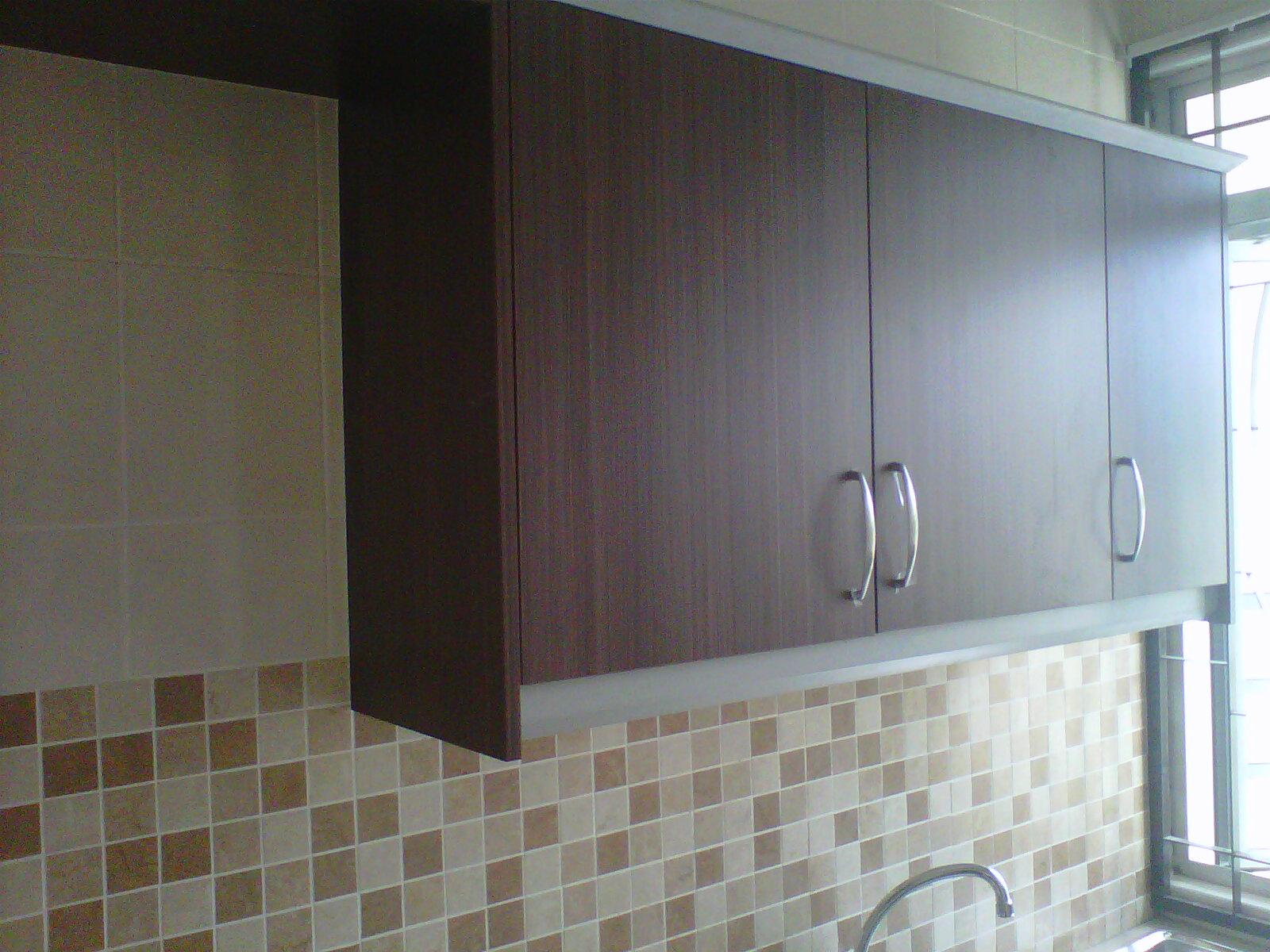 kabinet cantik seh leh sama plak design dengan rumah Bangi