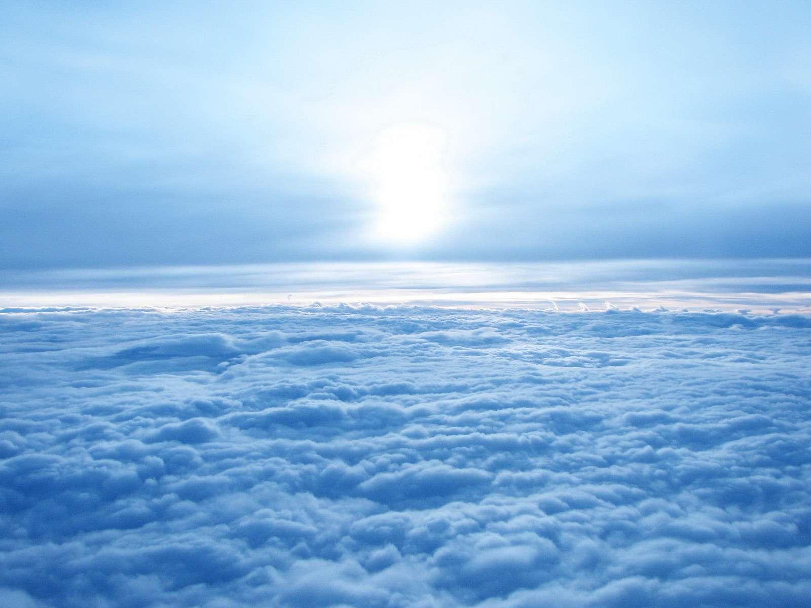 http://4.bp.blogspot.com/-QdS6weVA5nY/T1LDWoIhy0I/AAAAAAAAB7g/mC9WQMAxHdk/s1600/above-blue-sky-wallpaper.jpg