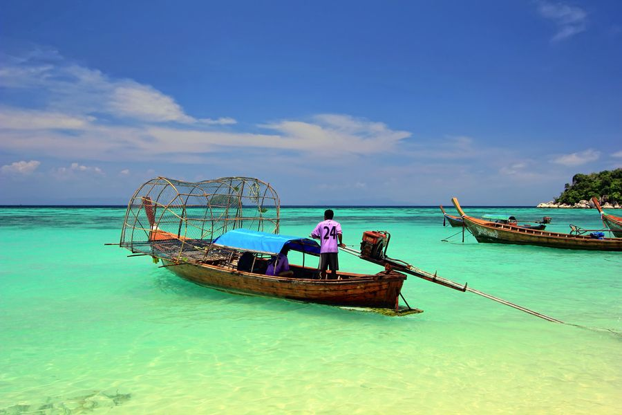 16. Heading Out- Koh Lipe, Satun - Thailand by Igor Prahin