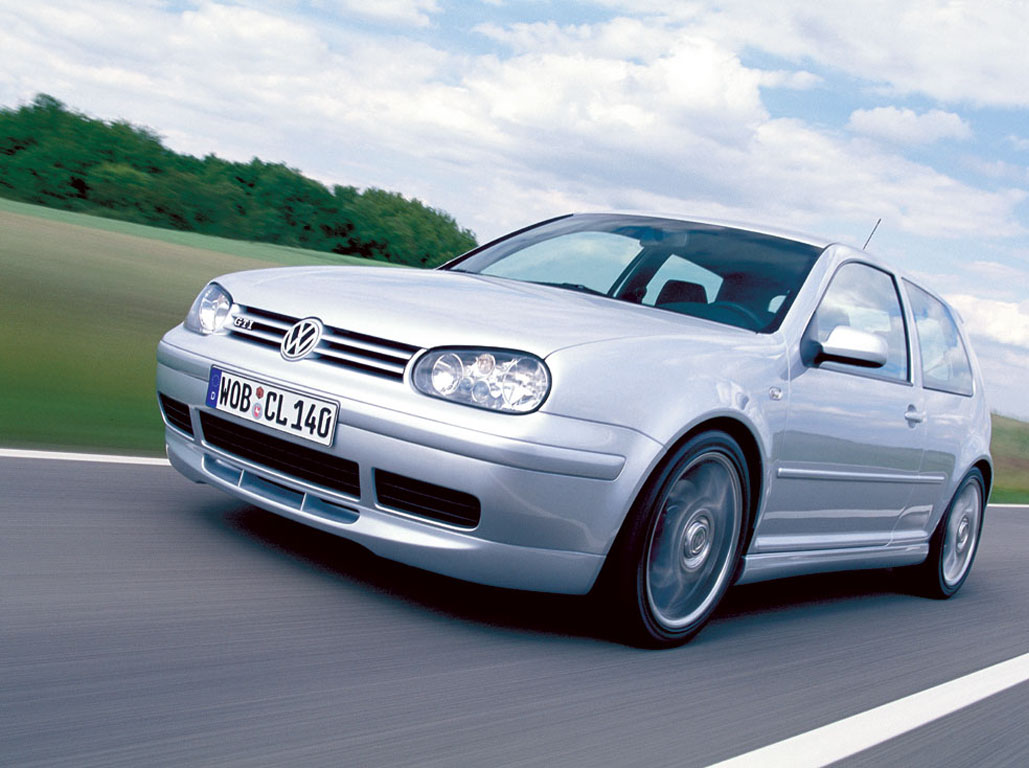 http://4.bp.blogspot.com/-QdXGD6zdaLE/TVzP5uS3oOI/AAAAAAAAItU/XFbNi5aUMRo/s1600/volkswagen+car+pictures_golf_gti_002_1024.jpg