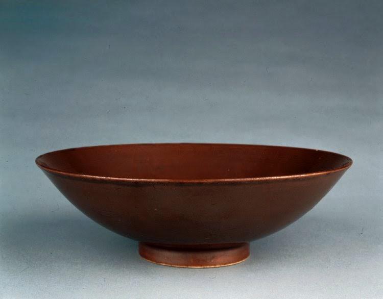 "<img src=""Kangxi Bowl.jpg"" alt=""Kangxi aubergine bowl"">"