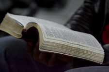 religião livro leitura