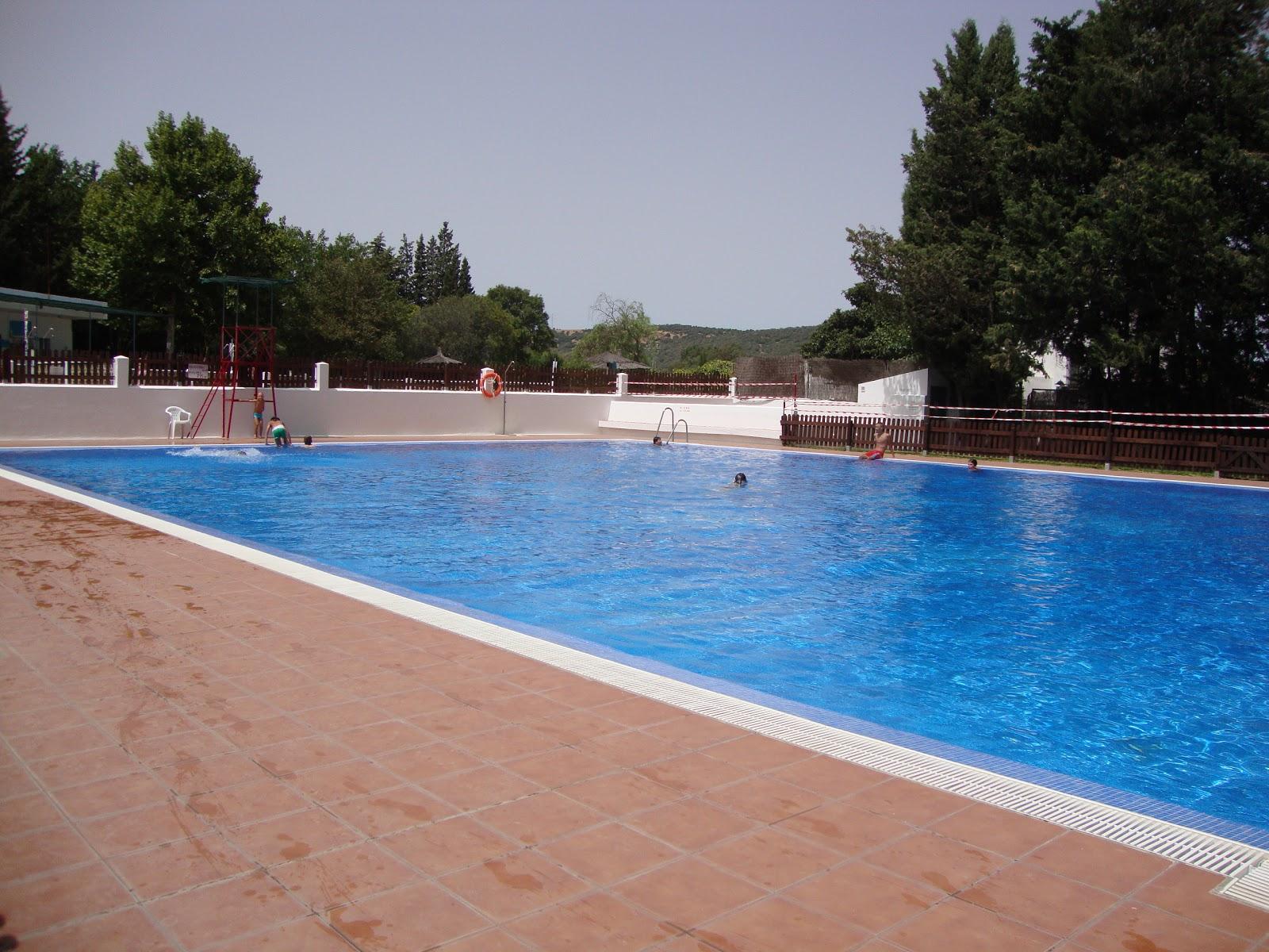 La vida alcala na la piscina municipal for Piscina municipal mataro