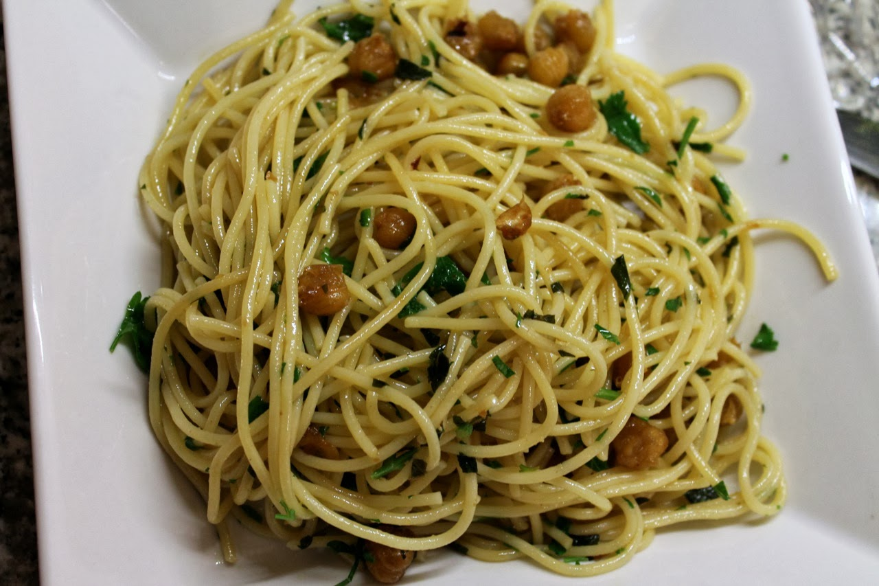 Cook In / Dine Out: Spaghetti with Chickpeas