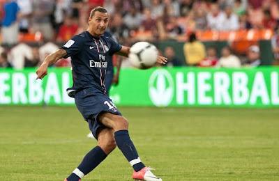 Ibrahimovic se estrenó con golazo en el PSG