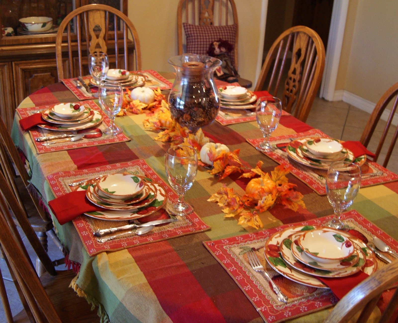 Puddle jumper creations my thanksgiving table - Dinner table decoration ideas ...