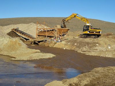 well running placer gold mining plant