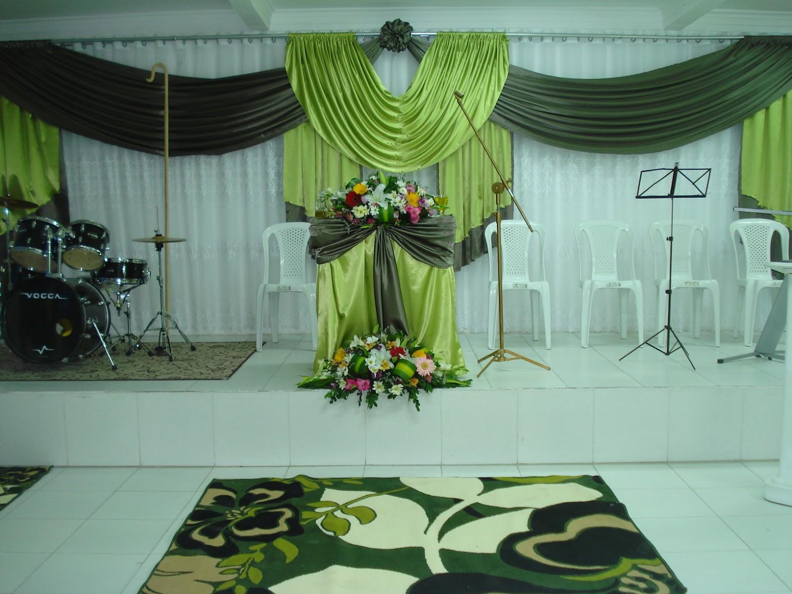 Lírios Eventos DECORA u00c7ÃO IGREJAS -> Decoração Simples Para Festividade De Igreja Evangelica