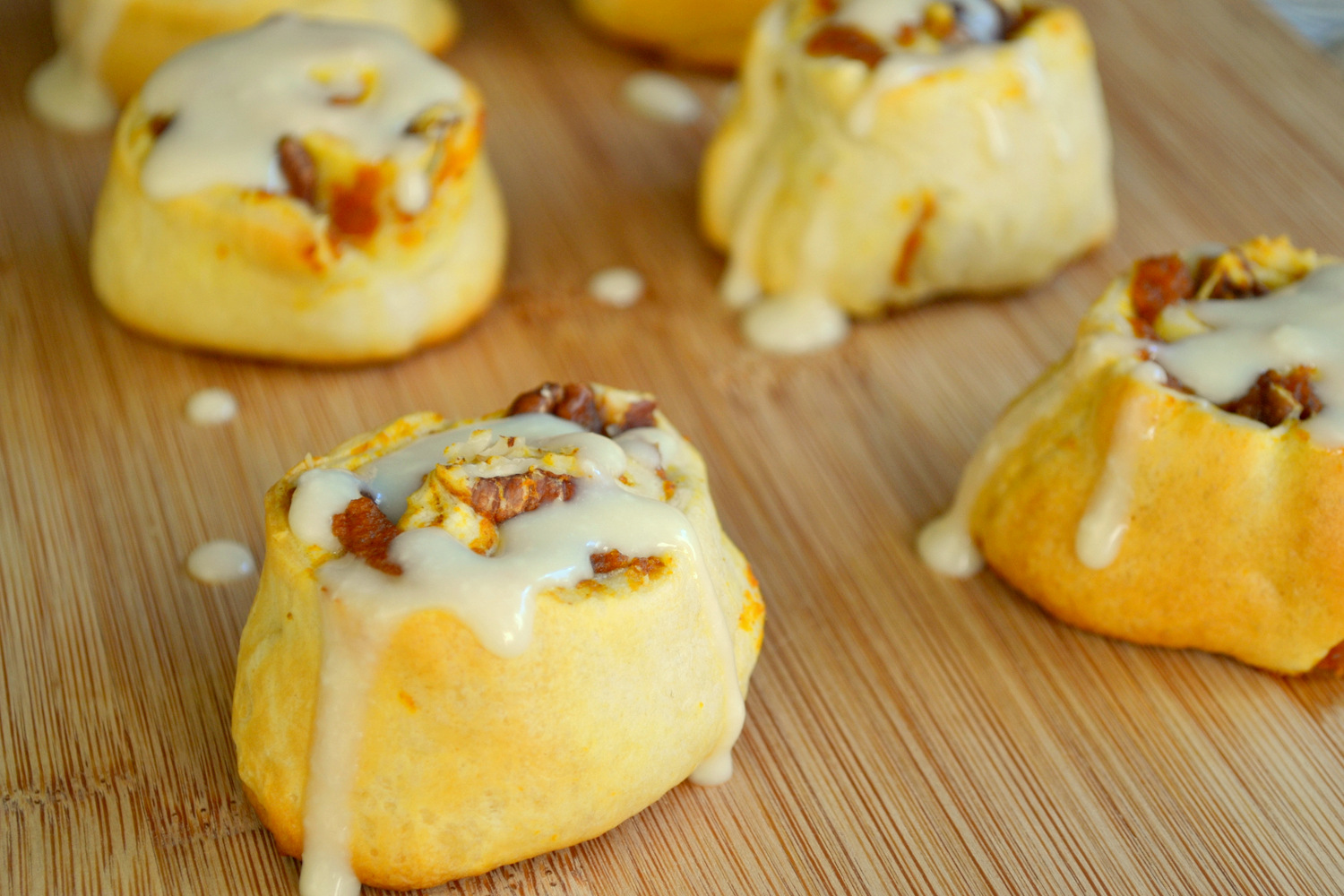 ... Kitchen: Easy Pumpkin Cinnamon Rolls with Maple Cream Cheese Icing