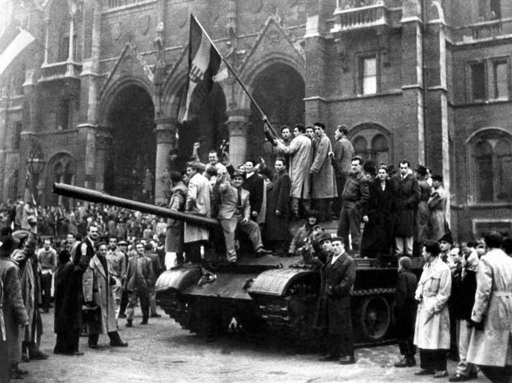 Patriotas húngaros na revolução anti-comunista de 1956, Budapest