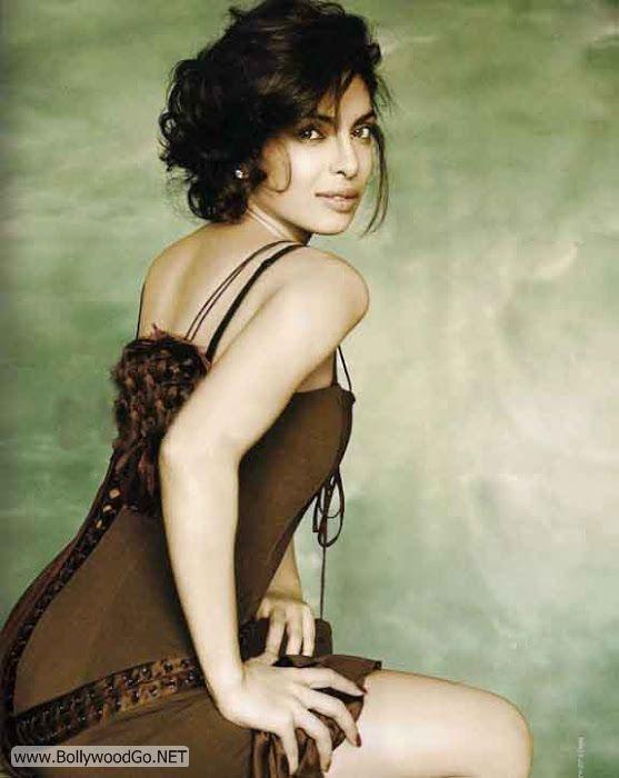 Priyanka+Chopra+Hot+Photo+Gallery+(7)