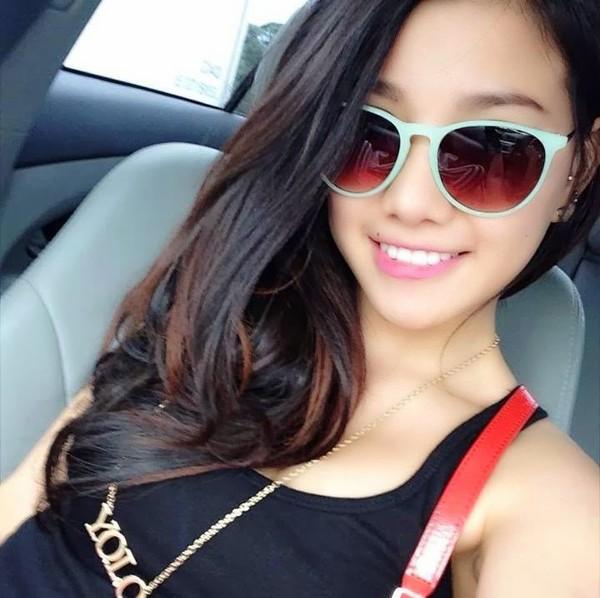 5 hot girls bán hàng online nổi tiếng và siêu gợi cảm 7