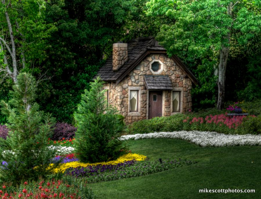 Inkspired musings more fairytale cottages - Hansel home ...