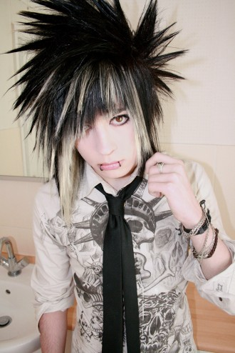 pu13maxy13 cute anime emo boy