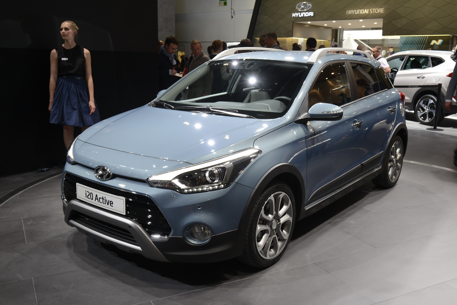 hyundai i20 active debuts along with new turbo 1 0l engine. Black Bedroom Furniture Sets. Home Design Ideas