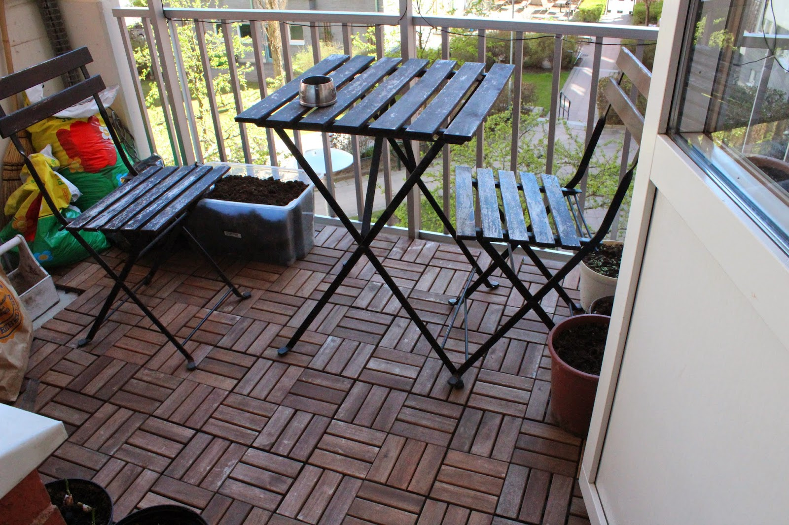 Inredning trall till balkong : Funkynality: april 2014