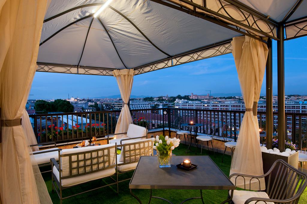Emejing Hotel Con Terrazza Roma Pictures - Idee Arredamento Casa ...