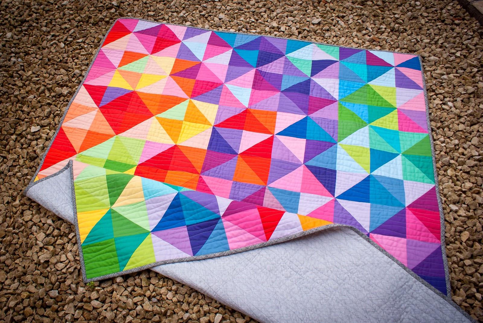 Jeliquilts: 'Postcard from Sweden' -aka the IKEA HST quilt : postcard quilts - Adamdwight.com
