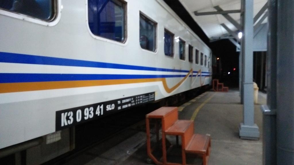 kereta api kalijaga angkutan murah solo semarang bagian 1 rh indoinspector blogspot com