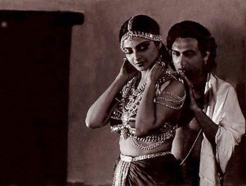 Top 10 Film Erotis ala India