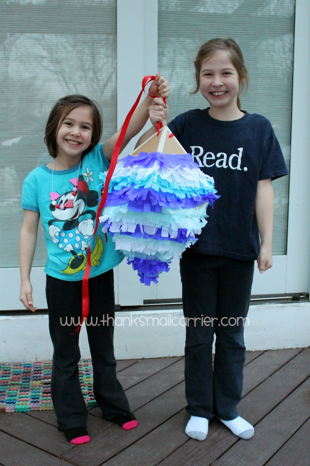 Frozen party pinata