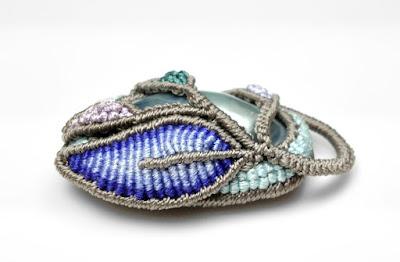 Cavandoli Knotting - Micro Macrame Jewelry