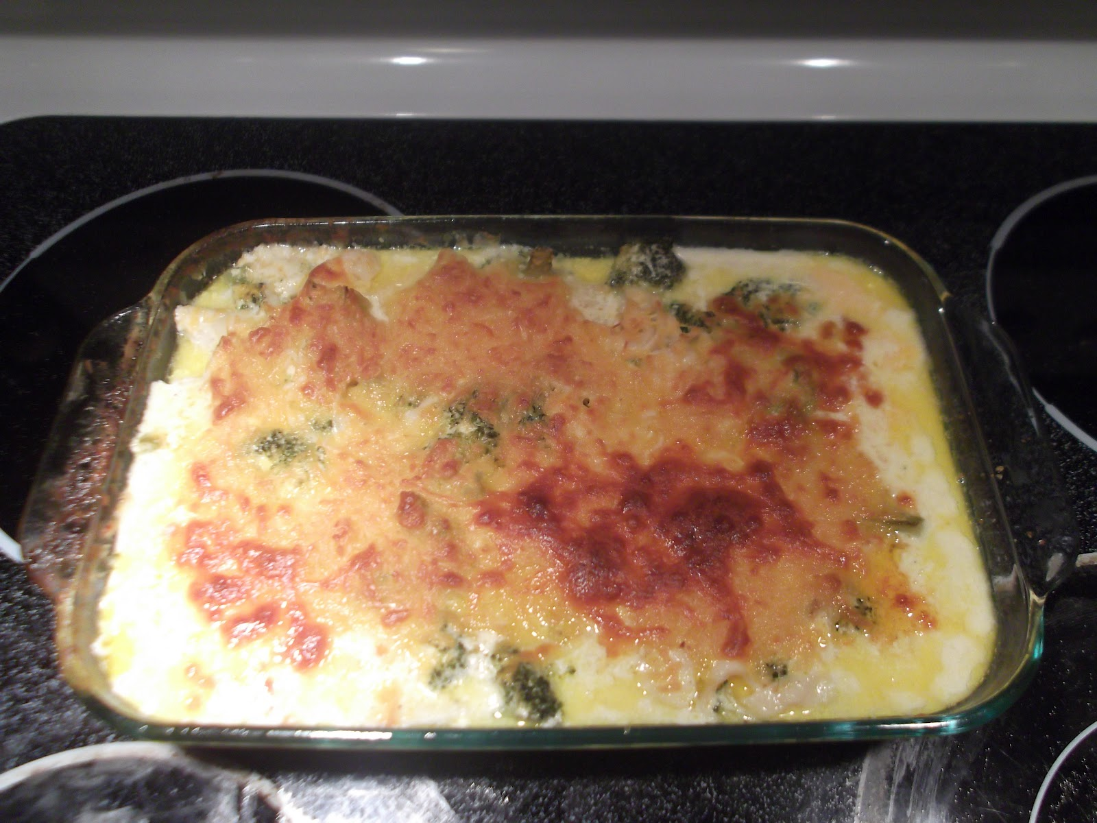 ... , love, and low carb living: Cheesy Chicken Broccoli Noodle Casserole
