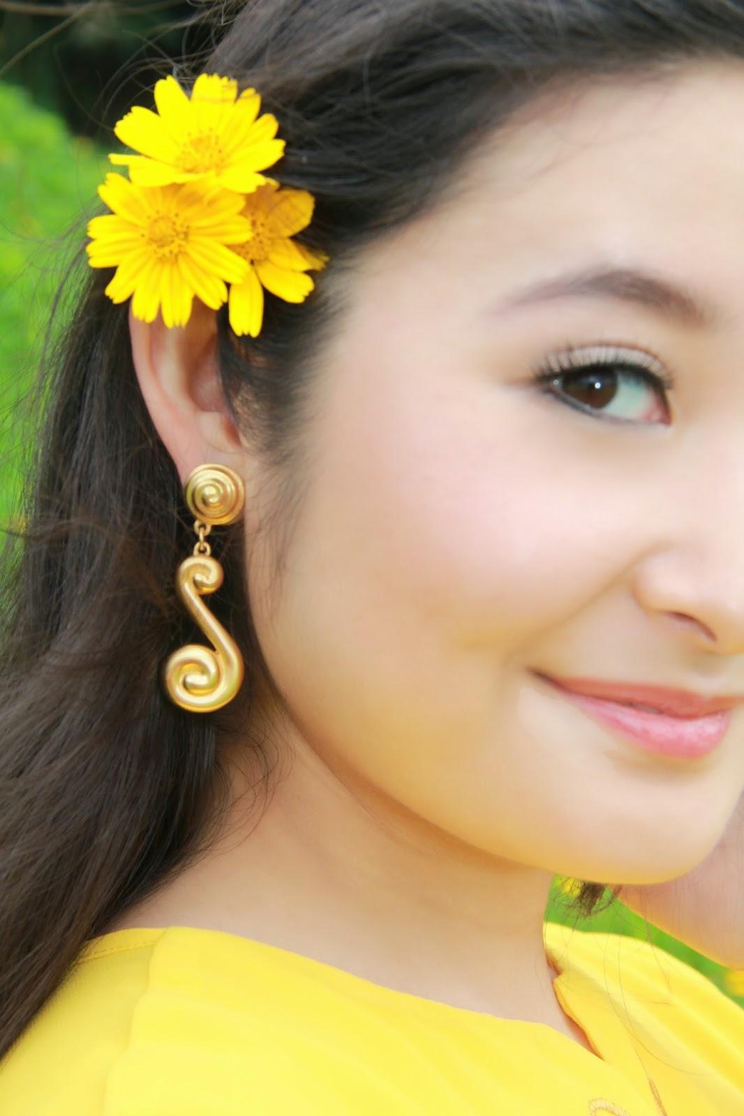 Canary Yellow Blouse @ www.elizabethmarieandme.com