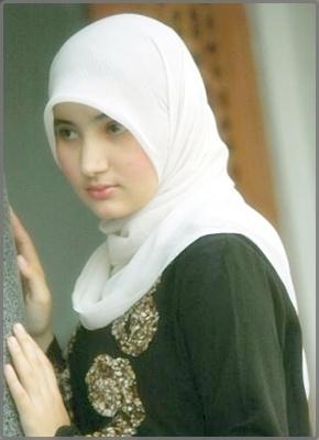 http://4.bp.blogspot.com/-QiDHhuk0p5c/UZCPo2uL93I/AAAAAAAALLk/MEfukSVf-8o/s1600/model+jilbab+arab+%252810%2529.jpg