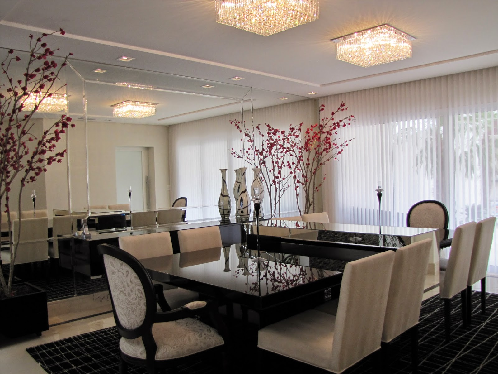 Construindo minha casa clean salas de jantar decoradas Mesas de cristal pequenas