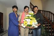 Pawan Kalyan Meets Chiranjeevi-thumbnail-2